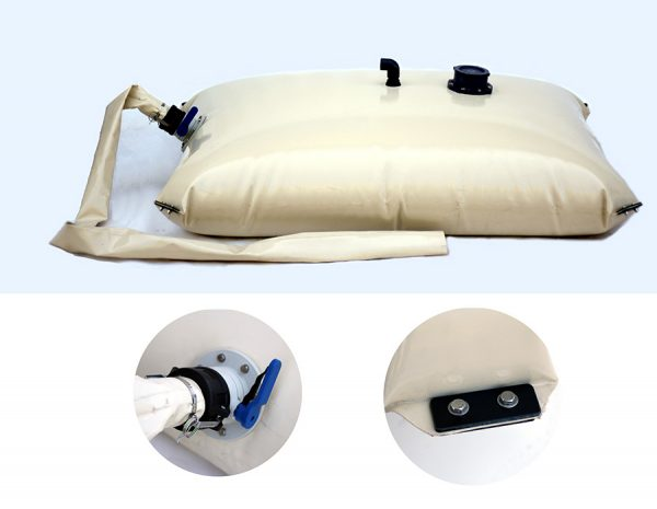 Pillow water tank with metal pads in corners